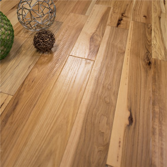 5 Quot X 1 2 Quot Hickory Character Hand Scraped 3mm Wear Layer